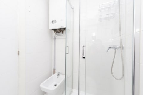 Apartment for sale in Madrid, Spain, 2 bedrooms, 46.00m2, No. 2423 – photo 25