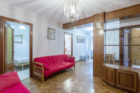Apartment for sale in Madrid, Spain, 3 bedrooms, 69.00m2, No. 2244 – photo 2