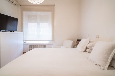 Apartment for sale in Madrid, Spain, 5 bedrooms, 384.00m2, No. 2372 – photo 30