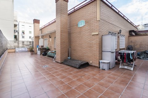 Penthouse for sale in Madrid, Spain, 2 bedrooms, 91.00m2, No. 2113 – photo 3