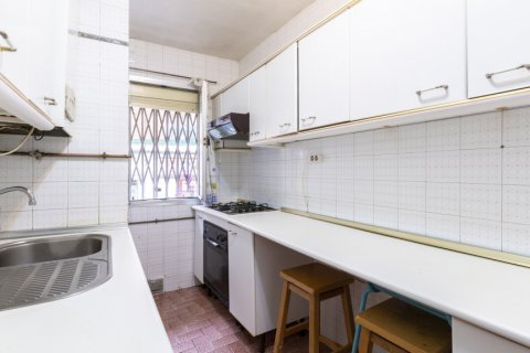 Apartment for sale in Madrid, Spain, 3 bedrooms, 69.00m2, No. 2244 – photo 24