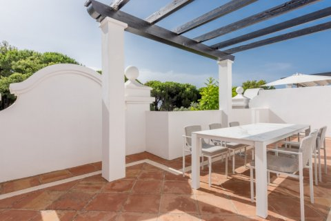 Apartment for rent in Marbella, Malaga, Spain, 2 bedrooms, 100.00m2, No. 2054 – photo 13