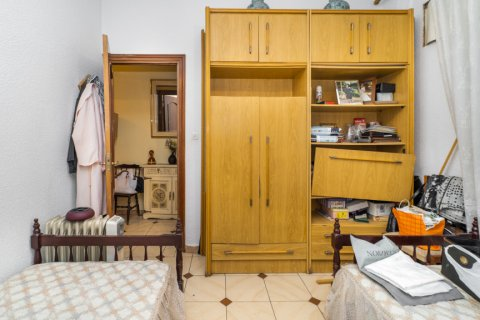 Apartment for sale in Madrid, Spain, 5 bedrooms, 133.00m2, No. 2686 – photo 18