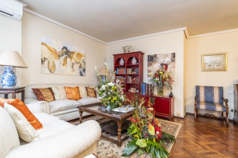 Apartment for sale in Madrid, Spain, 4 bedrooms, 189.00m2, No. 2370 – photo 3