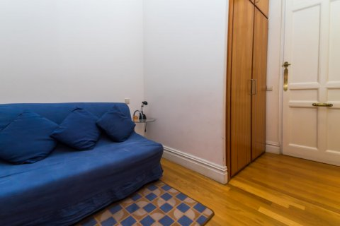 Apartment for sale in Madrid, Spain, 4 bedrooms, 426.00m2, No. 1733 – photo 16
