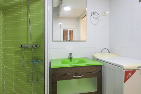 Apartment for sale in Madrid, Spain, 1 bedroom, 40.00m2, No. 2734 – photo 18