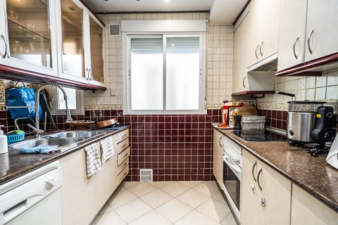 Apartment for sale in Madrid, Spain, 3 bedrooms, 132.00m2, No. 1868 – photo 30