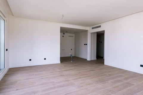 Apartment for sale in Madrid, Spain, 3 bedrooms, 168.00m2, No. 2464 – photo 5
