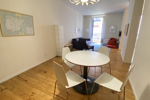 Apartment for rent in Madrid, Spain, 2 bedrooms, 100.00m2, No. 1605 – photo 11