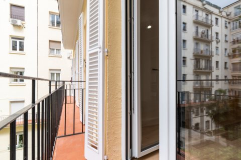 Apartment for sale in Madrid, Spain, 2 bedrooms, 120.00m2, No. 2578 – photo 24