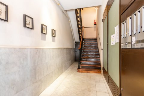 Apartment for sale in Madrid, Spain, 3 bedrooms, 130.00m2, No. 2006 – photo 24
