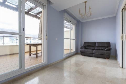 Penthouse for sale in Estepona, Malaga, Spain, 2 bedrooms, 91.49m2, No. 2068 – photo 5