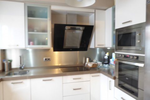 Apartment for sale in Sevilla, Seville, Spain, 3 bedrooms, 116.00m2, No. 2037 – photo 4