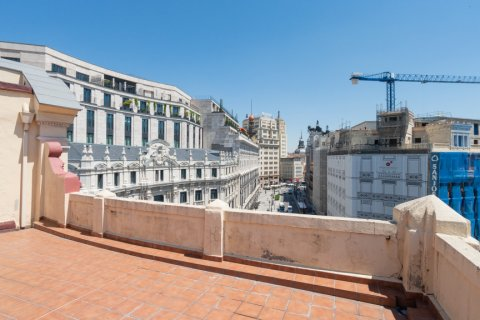 Apartment for sale in Madrid, Spain, 3 bedrooms, 225.78m2, No. 2489 – photo 22