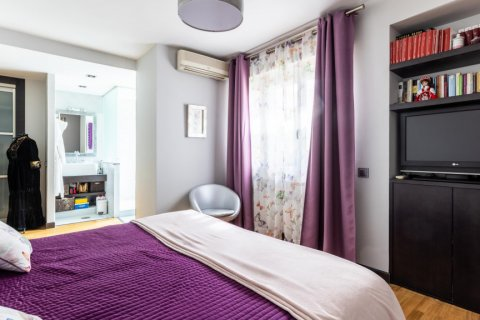 Apartment for sale in Madrid, Spain, 5 bedrooms, 201.00m2, No. 2311 – photo 22