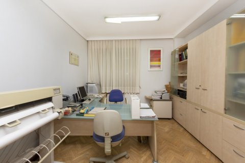 Apartment for sale in Madrid, Spain, 4 bedrooms, 206.00m2, No. 2284 – photo 16