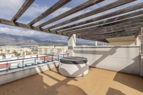 Penthouse for sale in Estepona, Malaga, Spain, 2 bedrooms, 91.49m2, No. 2068 – photo 13