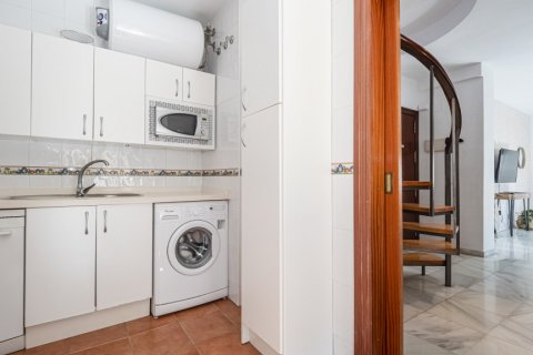 Duplex for sale in Malaga, Spain, 2 bedrooms, 135.00m2, No. 2715 – photo 14