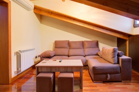 Apartment for sale in Madrid, Spain, 2 bedrooms, 122.00m2, No. 2129 – photo 10
