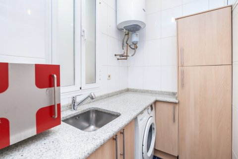 Apartment for rent in Madrid, Spain, 2 bedrooms, 120.00m2, No. 1464 – photo 12