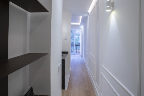 Apartment for sale in Madrid, Spain, 2 bedrooms, 102.00m2, No. 1972 – photo 3