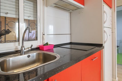 Apartment for sale in Madrid, Spain, 1 bedroom, 40.00m2, No. 2734 – photo 6