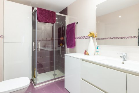 Apartment for sale in Madrid, Spain, 3 bedrooms, 121.00m2, No. 2521 – photo 24