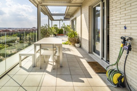 Penthouse for sale in Madrid, Spain, 3 bedrooms, 183.00m2, No. 2215 – photo 28