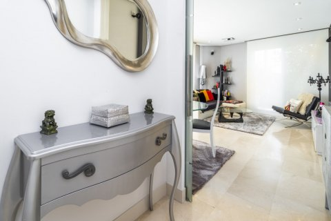 Penthouse for sale in Madrid, Spain, 3 bedrooms, 183.00m2, No. 2215 – photo 3