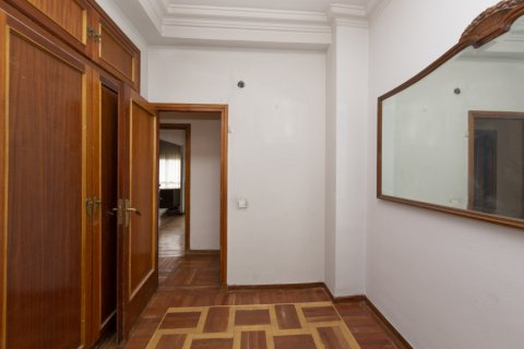 Apartment for sale in Madrid, Spain, 4 bedrooms, 129.00m2, No. 2307 – photo 20