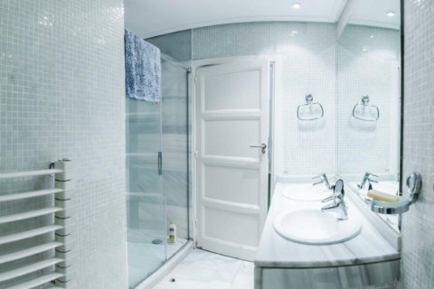 Apartment for sale in Madrid, Spain, 4 bedrooms, 230.00m2, No. 1672 – photo 26