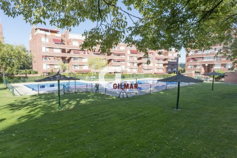 Apartment for rent in Madrid, Spain, 3 bedrooms, 127.00m2, No. 1688 – photo 14