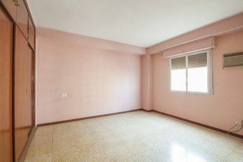 Apartment for sale in Sevilla, Seville, Spain, 5 bedrooms, 204.00m2, No. 2637 – photo 18