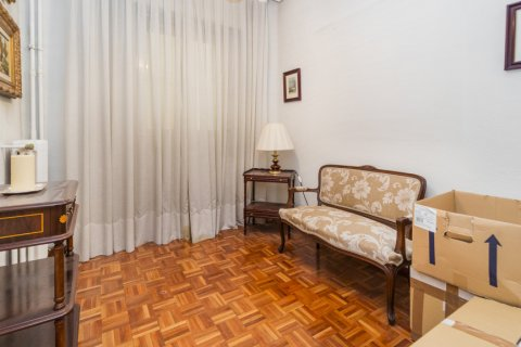 Apartment for sale in Madrid, Spain, 3 bedrooms, 78.00m2, No. 2330 – photo 5