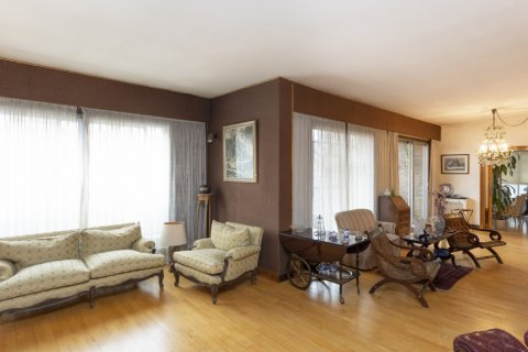 Apartment for sale in Madrid, Spain, 5 bedrooms, 322.00m2, No. 2584 – photo 9