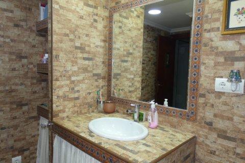 Duplex for sale in Cadiz, Spain, 3 bedrooms, 187.00m2, No. 1611 – photo 26
