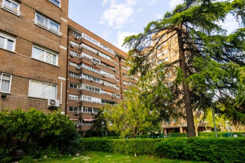 Apartment for sale in Madrid, Spain, 2 bedrooms, 113.03m2, No. 2217 – photo 29