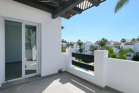Apartment for sale in Malaga, Spain, 2 bedrooms, 102.00m2, No. 2085 – photo 3