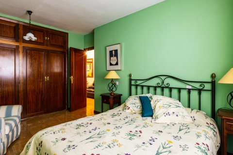 Apartment for sale in Madrid, Spain, 6 bedrooms, 355.00m2, No. 2376 – photo 22