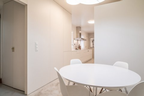 Apartment for sale in Madrid, Spain, 5 bedrooms, 384.00m2, No. 2372 – photo 19