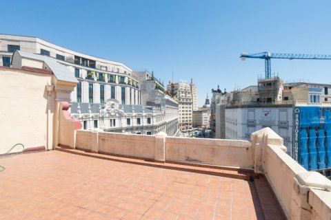 Apartment for sale in Madrid, Spain, 3 bedrooms, 225.78m2, No. 2489 – photo 19