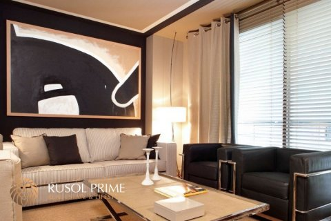Apartment for sale in Barcelona, Spain, 1 bedroom, 60m2, No. 8703 – photo 2