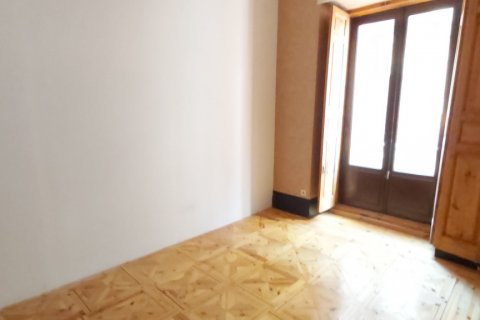 Apartment for rent in Madrid, Spain, 3 bedrooms, 90.00m2, No. 2730 – photo 8