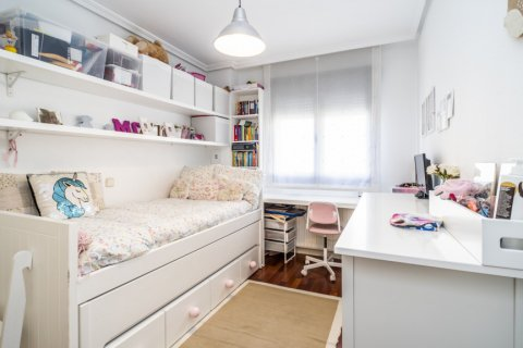 Apartment for sale in Madrid, Spain, 3 bedrooms, 132.00m2, No. 1694 – photo 30