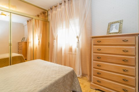Apartment for sale in Madrid, Spain, 3 bedrooms, 78.00m2, No. 2688 – photo 25