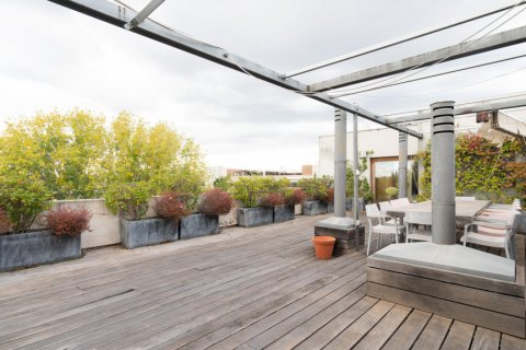 Duplex for sale in Madrid, Spain, 3 bedrooms, 160.00m2, No. 2326 – photo 5