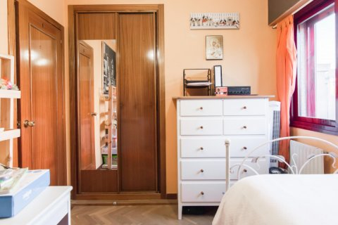 Apartment for sale in Madrid, Spain, 4 bedrooms, 140.00m2, No. 1787 – photo 19
