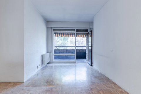 Apartment for sale in Madrid, Spain, 52.00m2, No. 2025 – photo 8