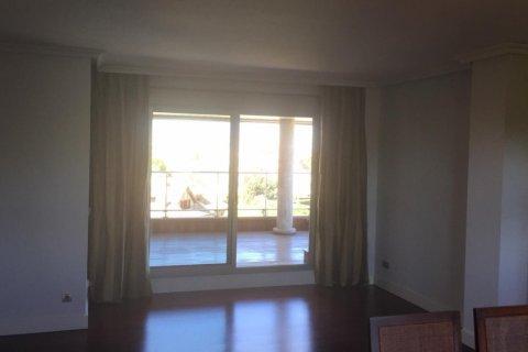 Duplex for rent in Madrid, Spain, 5 bedrooms, 300.00m2, No. 1844 – photo 16