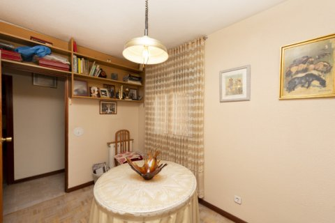 Apartment for sale in Madrid, Spain, 3 bedrooms, 90.00m2, No. 2414 – photo 19